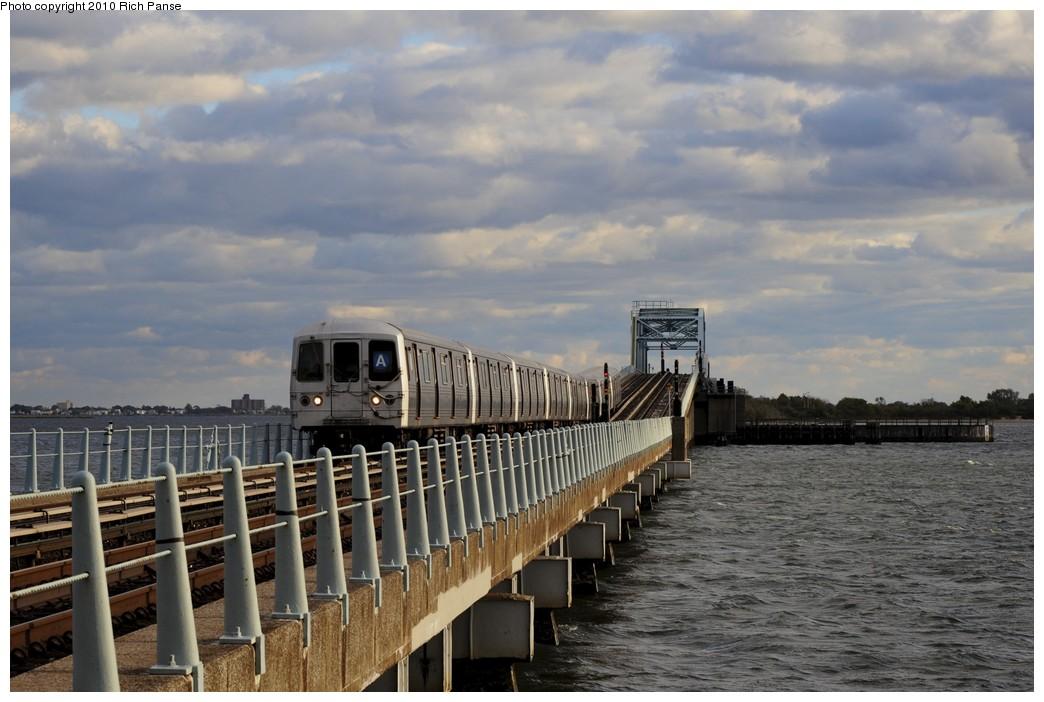 (167k, 1044x702)<br><b>Country:</b> United States<br><b>City:</b> New York<br><b>System:</b> New York City Transit<br><b>Line:</b> IND Rockaway<br><b>Location:</b> North Channel Bridge <br><b>Route:</b> A<br><b>Car:</b> R-46 (Pullman-Standard, 1974-75)  <br><b>Photo by:</b> Richard Panse<br><b>Date:</b> 10/15/2010<br><b>Viewed (this week/total):</b> 0 / 786
