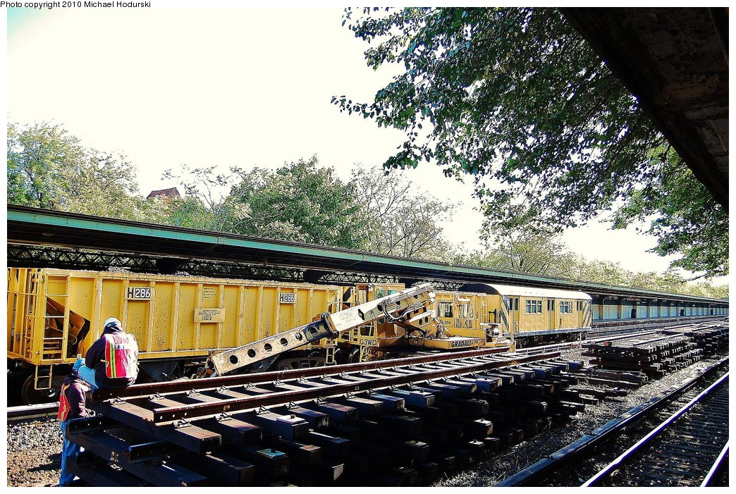 (377k, 1044x701)<br><b>Country:</b> United States<br><b>City:</b> New York<br><b>System:</b> New York City Transit<br><b>Line:</b> BMT Sea Beach Line<br><b>Location:</b> Fort Hamilton Parkway <br><b>Route:</b> Work Service<br><b>Car:</b> R-80 MoW Hopper (1983, Maxon)  286 <br><b>Photo by:</b> Michael Hodurski<br><b>Date:</b> 10/16/2010<br><b>Viewed (this week/total):</b> 4 / 873