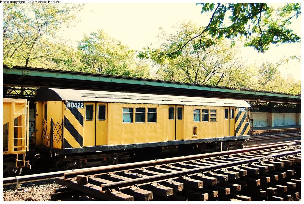 (350k, 1044x701)<br><b>Country:</b> United States<br><b>City:</b> New York<br><b>System:</b> New York City Transit<br><b>Line:</b> BMT Sea Beach Line<br><b>Location:</b> Fort Hamilton Parkway <br><b>Route:</b> Work Service<br><b>Car:</b> R-161 Rider Car (ex-R-33)  RD422 <br><b>Photo by:</b> Michael Hodurski<br><b>Date:</b> 10/16/2010<br><b>Viewed (this week/total):</b> 6 / 936