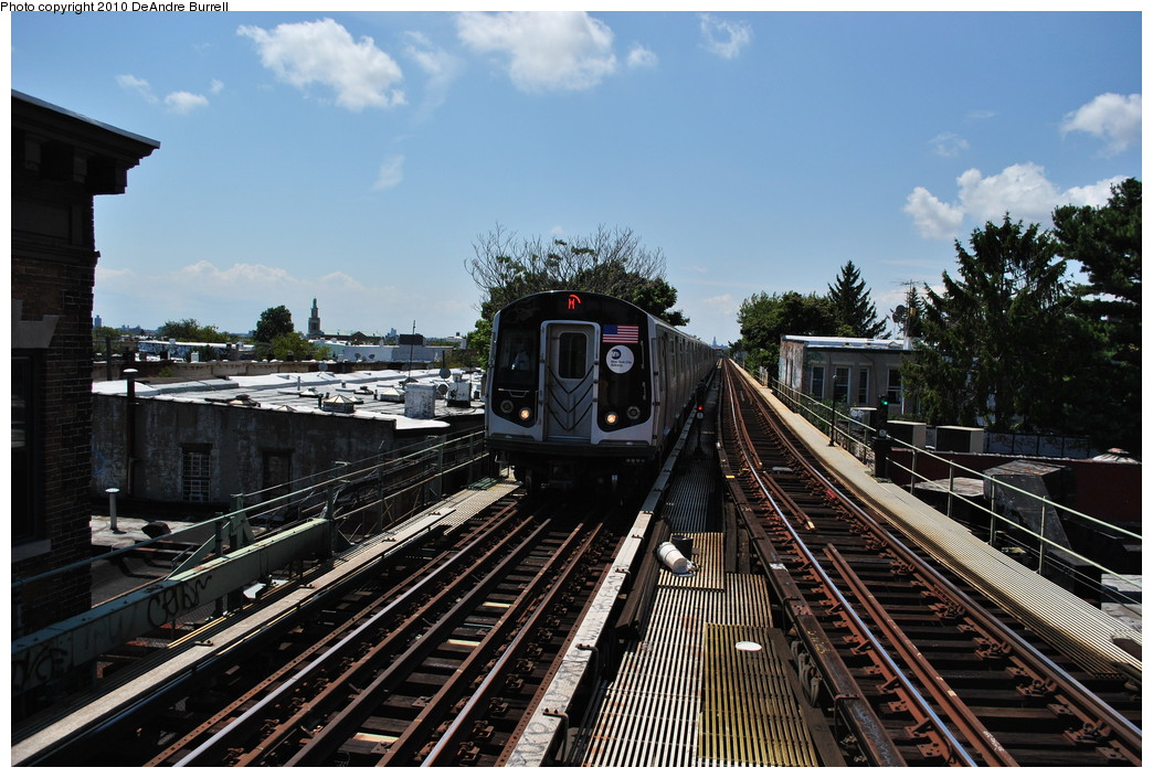 (293k, 1044x705)<br><b>Country:</b> United States<br><b>City:</b> New York<br><b>System:</b> New York City Transit<br><b>Line:</b> BMT Myrtle Avenue Line<br><b>Location:</b> Fresh Pond Road <br><b>Route:</b> M<br><b>Car:</b> R-160A-1 (Alstom, 2005-2008, 4 car sets)  8617 <br><b>Photo by:</b> DeAndre Burrell<br><b>Date:</b> 8/2/2010<br><b>Viewed (this week/total):</b> 0 / 1339