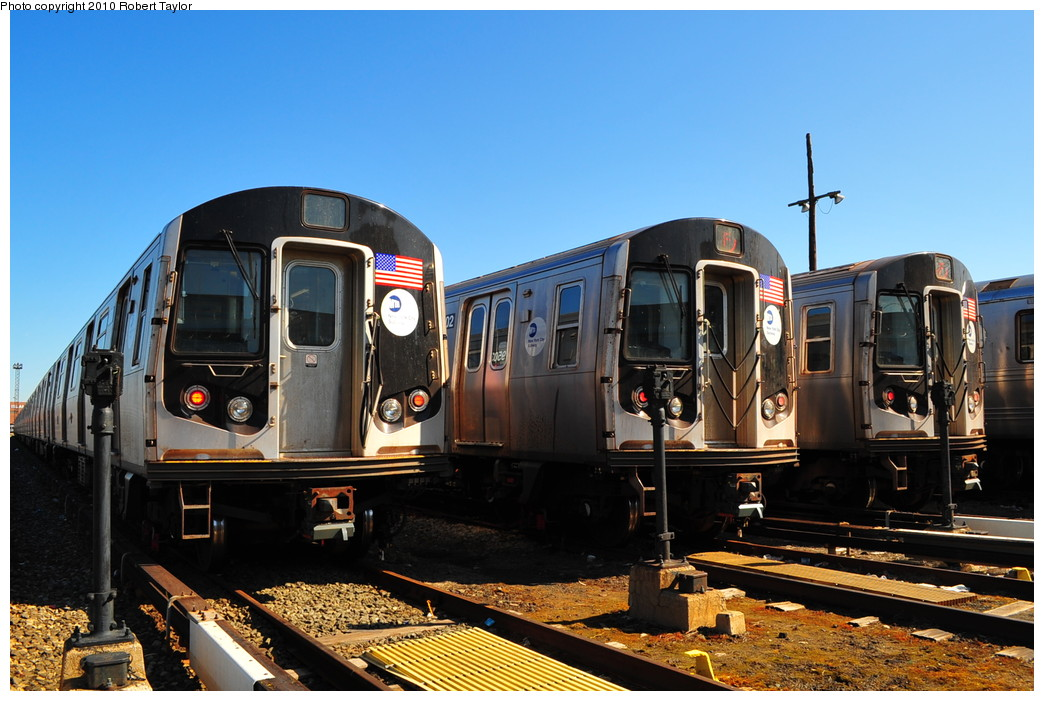 (266k, 1044x701)<br><b>Country:</b> United States<br><b>City:</b> New York<br><b>System:</b> New York City Transit<br><b>Location:</b> Coney Island Yard<br><b>Car:</b> R-160A/R-160B Series (Number Unknown)  <br><b>Photo by:</b> Robert Taylor<br><b>Date:</b> 4/23/2010<br><b>Viewed (this week/total):</b> 0 / 1456