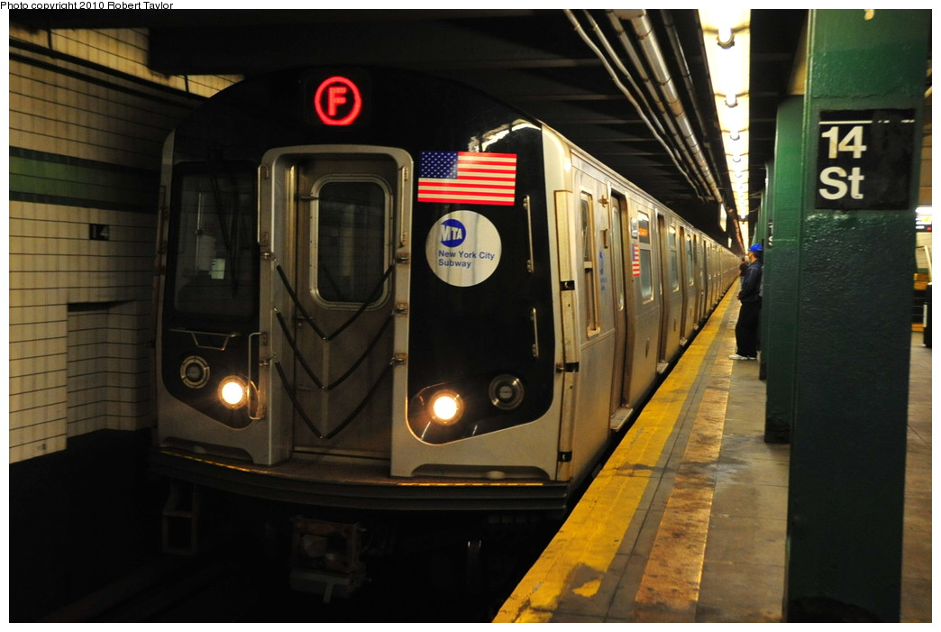 (226k, 1044x701)<br><b>Country:</b> United States<br><b>City:</b> New York<br><b>System:</b> New York City Transit<br><b>Line:</b> IND 6th Avenue Line<br><b>Location:</b> 14th Street <br><b>Route:</b> F<br><b>Car:</b> R-160A/R-160B Series (Number Unknown)  <br><b>Photo by:</b> Robert Taylor<br><b>Date:</b> 5/3/2010<br><b>Viewed (this week/total):</b> 0 / 1095