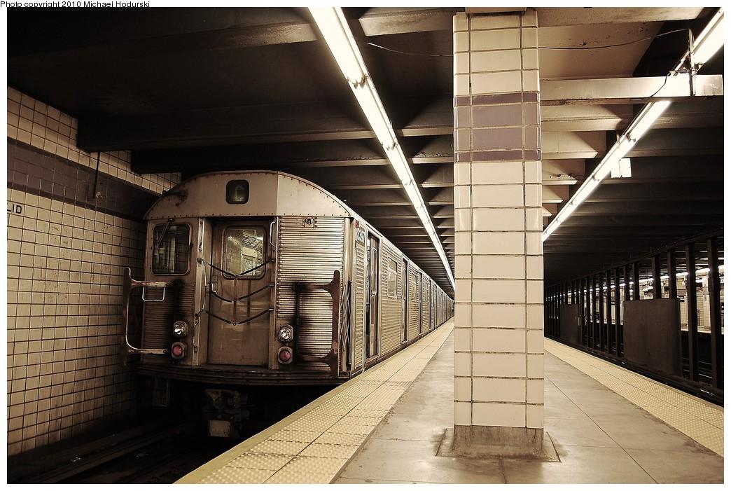 (262k, 1044x701)<br><b>Country:</b> United States<br><b>City:</b> New York<br><b>System:</b> New York City Transit<br><b>Line:</b> IND Fulton Street Line<br><b>Location:</b> Euclid Avenue <br><b>Route:</b> C<br><b>Car:</b> R-32 (Budd, 1964)  3397 <br><b>Photo by:</b> Michael Hodurski<br><b>Date:</b> 10/25/2010<br><b>Viewed (this week/total):</b> 3 / 959