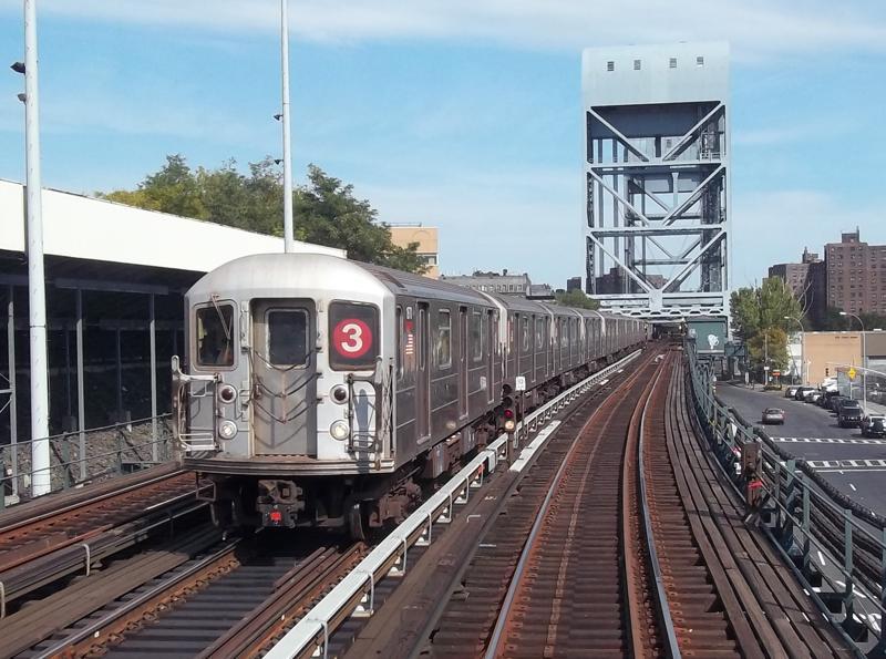 (86k, 800x595)<br><b>Country:</b> United States<br><b>City:</b> New York<br><b>System:</b> New York City Transit<br><b>Line:</b> IRT West Side Line<br><b>Location:</b> 215th Street <br><b>Route:</b> 3<br><b>Car:</b> R-62A (Bombardier, 1984-1987)  1870 <br><b>Photo by:</b> Christopher Henderson<br><b>Date:</b> 10/11/2010<br><b>Notes:</b> Yard transfer<br><b>Viewed (this week/total):</b> 0 / 1475