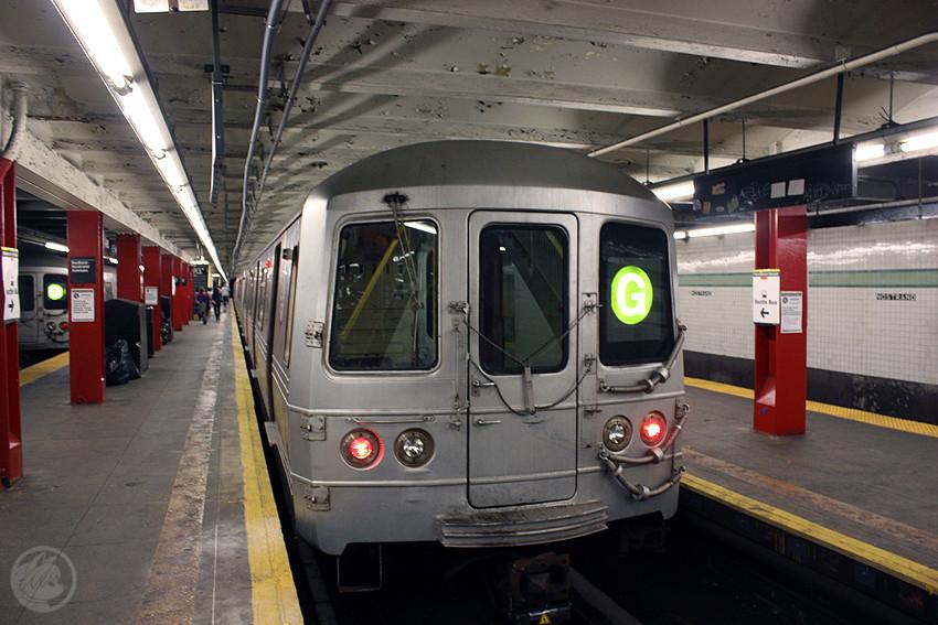 (197k, 850x567)<br><b>Country:</b> United States<br><b>City:</b> New York<br><b>System:</b> New York City Transit<br><b>Line:</b> IND Crosstown Line<br><b>Location:</b> Bedford/Nostrand Aves. <br><b>Route:</b> G<br><b>Car:</b> R-46 (Pullman-Standard, 1974-75)  <br><b>Photo by:</b> Jon Lebowitz<br><b>Date:</b> 9/26/2010<br><b>Viewed (this week/total):</b> 1 / 1800