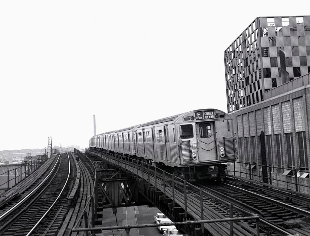 (170k, 1024x779)<br><b>Country:</b> United States<br><b>City:</b> New York<br><b>System:</b> New York City Transit<br><b>Line:</b> BMT Culver Line<br><b>Location:</b> Neptune Avenue <br><b>Route:</b> F<br><b>Car:</b> R-38 (St. Louis, 1966-1967)   <br><b>Collection of:</b> George Conrad Collection<br><b>Date:</b> 4/7/1969<br><b>Viewed (this week/total):</b> 0 / 1869