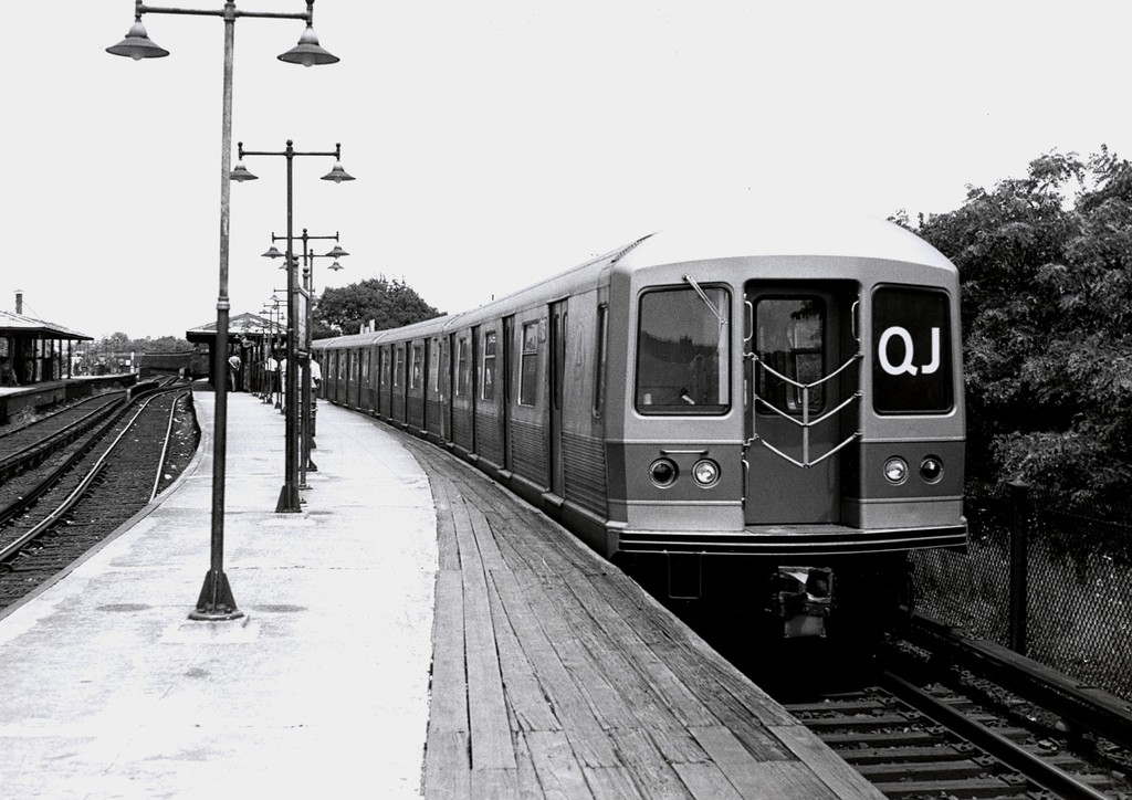 (172k, 1024x724)<br><b>Country:</b> United States<br><b>City:</b> New York<br><b>System:</b> New York City Transit<br><b>Line:</b> BMT Brighton Line<br><b>Location:</b> Sheepshead Bay <br><b>Route:</b> QJ<br><b>Car:</b> R-42 (St. Louis, 1969-1970)   <br><b>Collection of:</b> George Conrad Collection<br><b>Date:</b> 7/8/1969<br><b>Viewed (this week/total):</b> 2 / 1466