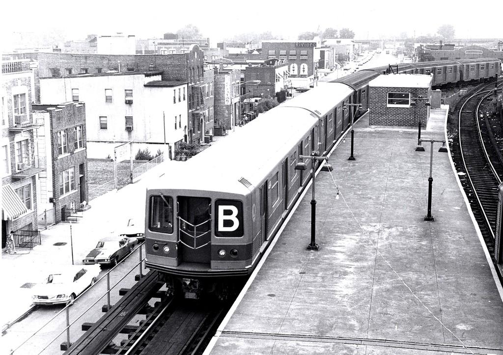 (262k, 1024x723)<br><b>Country:</b> United States<br><b>City:</b> New York<br><b>System:</b> New York City Transit<br><b>Location:</b> Coney Island/Stillwell Avenue<br><b>Route:</b> B<br><b>Car:</b> R-42 (St. Louis, 1969-1970)   <br><b>Collection of:</b> George Conrad Collection<br><b>Date:</b> 8/16/1969<br><b>Viewed (this week/total):</b> 0 / 1352