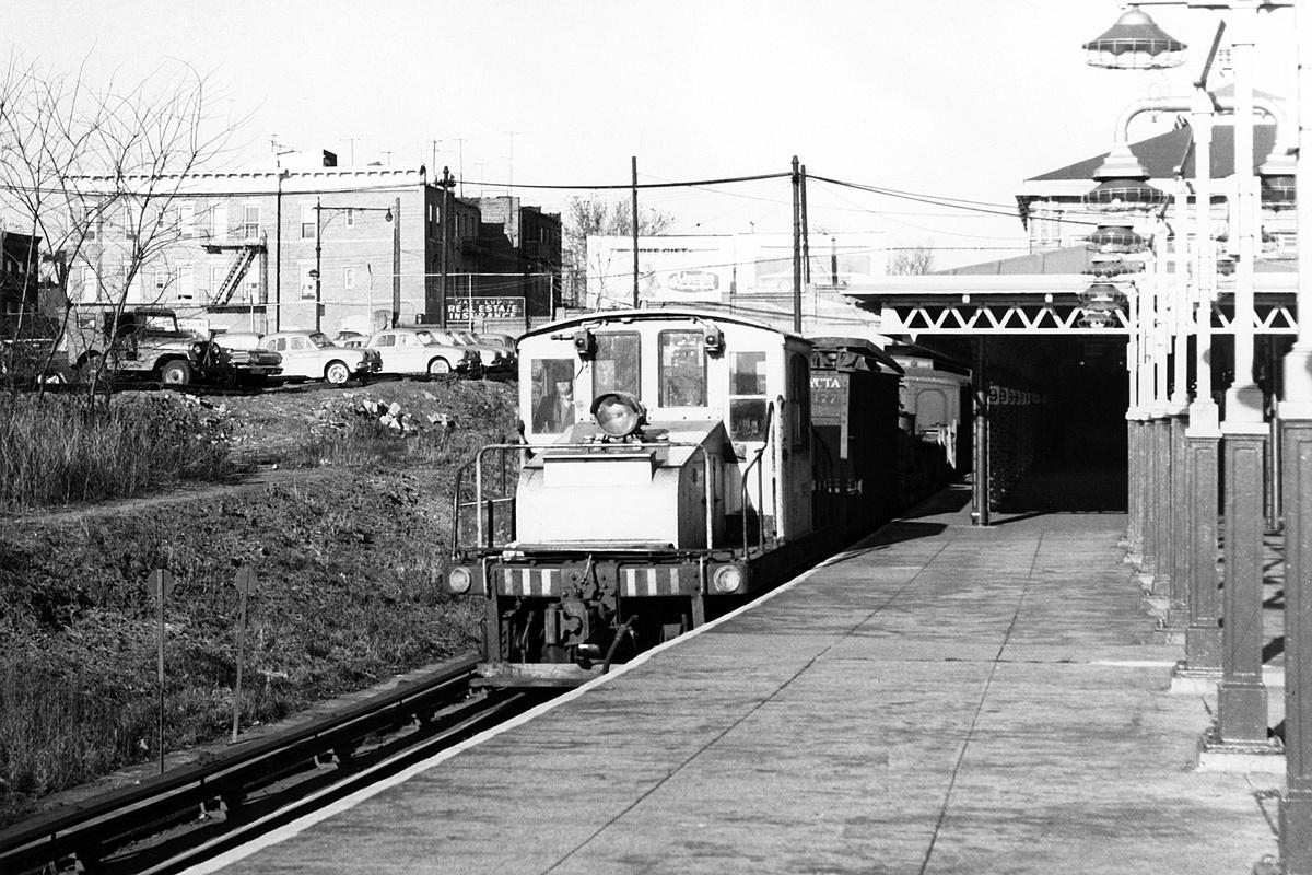(214k, 1024x704)<br><b>Country:</b> United States<br><b>City:</b> New York<br><b>System:</b> New York City Transit<br><b>Line:</b> BMT West End Line<br><b>Location:</b> 9th Avenue <br><b>Car:</b> SBK Steeplecab  <br><b>Collection of:</b> George Conrad Collection<br><b>Date:</b> 11/15/1962<br><b>Viewed (this week/total):</b> 3 / 1468