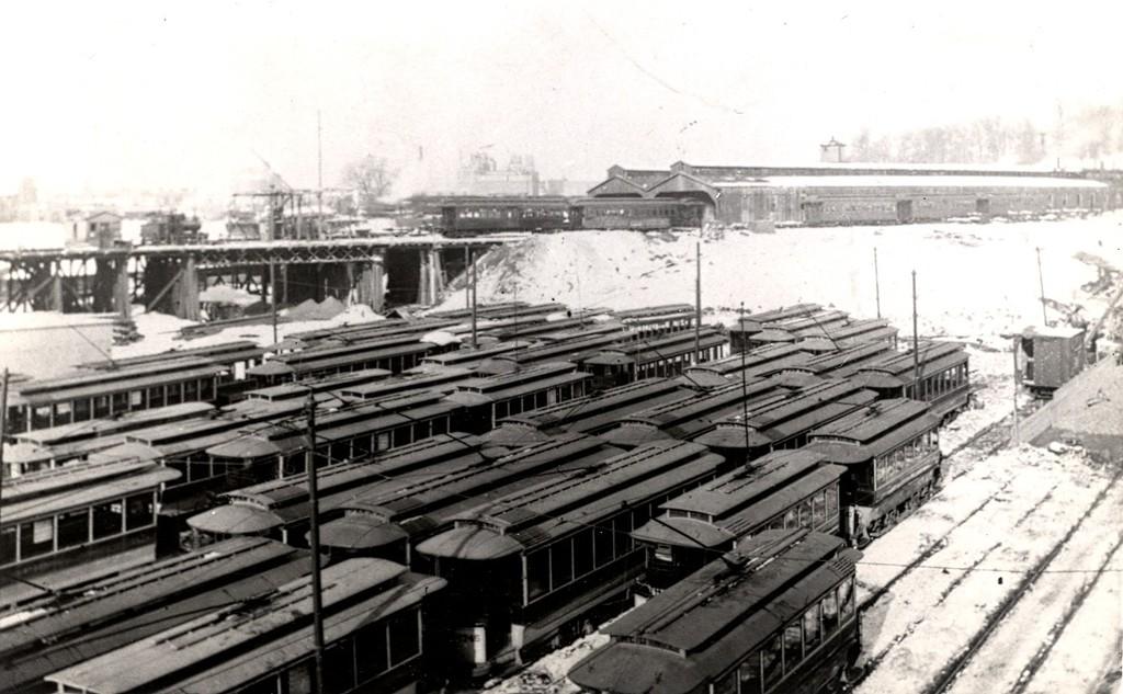 (164k, 1024x633)<br><b>Country:</b> United States<br><b>City:</b> New York<br><b>System:</b> New York City Transit<br><b>Location:</b> East New York Yard/Shops<br><b>Collection of:</b> George Conrad Collection<br><b>Date:</b> 1903<br><b>Viewed (this week/total):</b> 2 / 743
