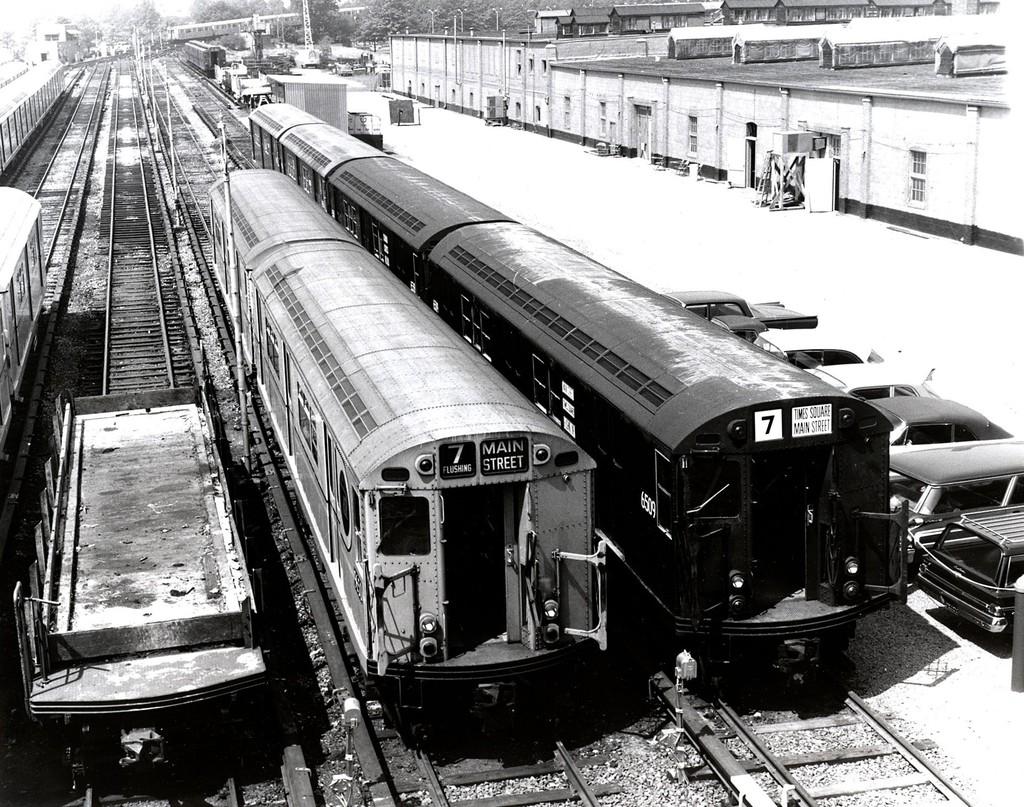 (290k, 1024x807)<br><b>Country:</b> United States<br><b>City:</b> New York<br><b>System:</b> New York City Transit<br><b>Location:</b> Corona Yard<br><b>Car:</b> R-17 (St. Louis, 1955-56) 6509 <br><b>Collection of:</b> George Conrad Collection<br><b>Date:</b> 5/28/1964<br><b>Viewed (this week/total):</b> 4 / 1393