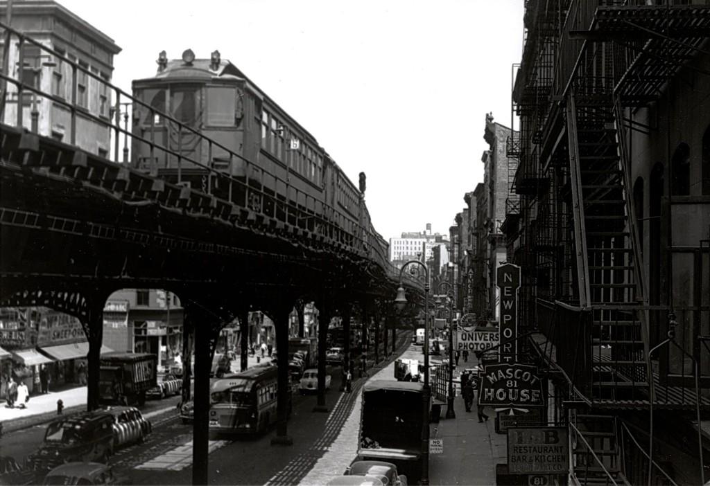 (160k, 1024x702)<br><b>Country:</b> United States<br><b>City:</b> New York<br><b>System:</b> New York City Transit<br><b>Line:</b> 3rd Avenue El<br><b>Location:</b> Canal Street <br><b>Car:</b> MUDC  <br><b>Collection of:</b> George Conrad Collection<br><b>Viewed (this week/total):</b> 12 / 2313