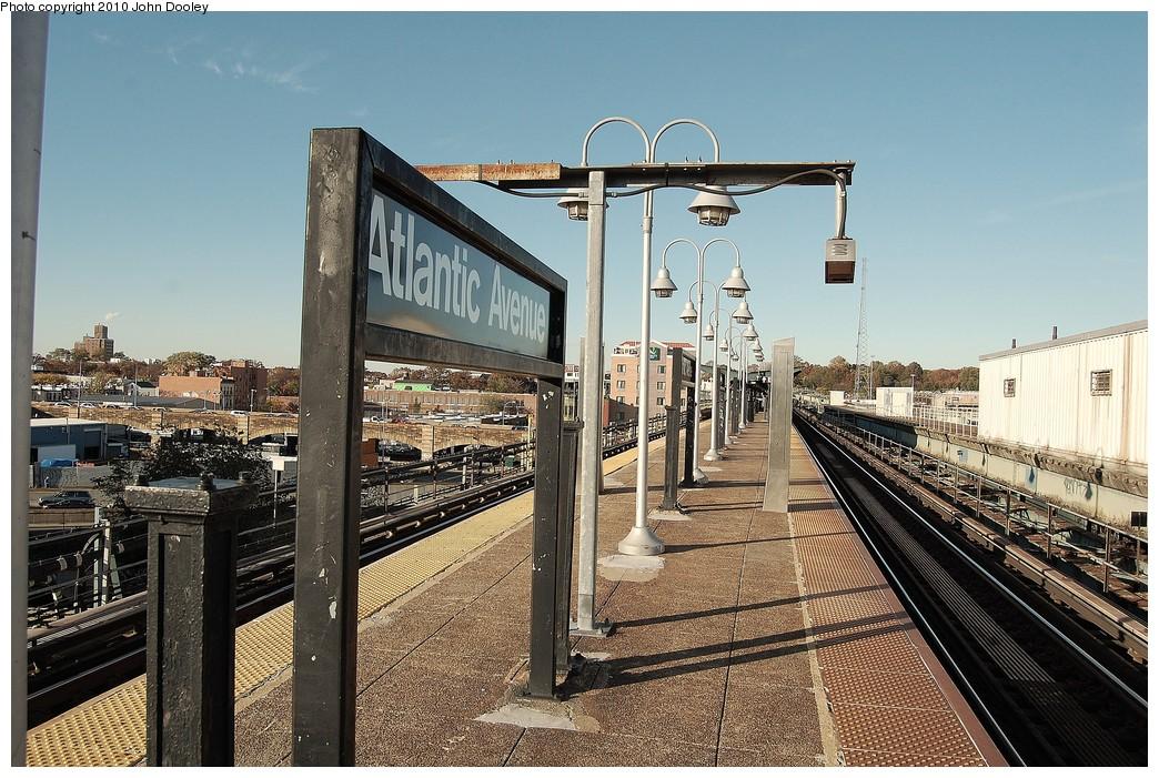 (294k, 1044x701)<br><b>Country:</b> United States<br><b>City:</b> New York<br><b>System:</b> New York City Transit<br><b>Line:</b> BMT Canarsie Line<br><b>Location:</b> Atlantic Avenue <br><b>Photo by:</b> John Dooley<br><b>Date:</b> 10/28/2010<br><b>Viewed (this week/total):</b> 3 / 1030