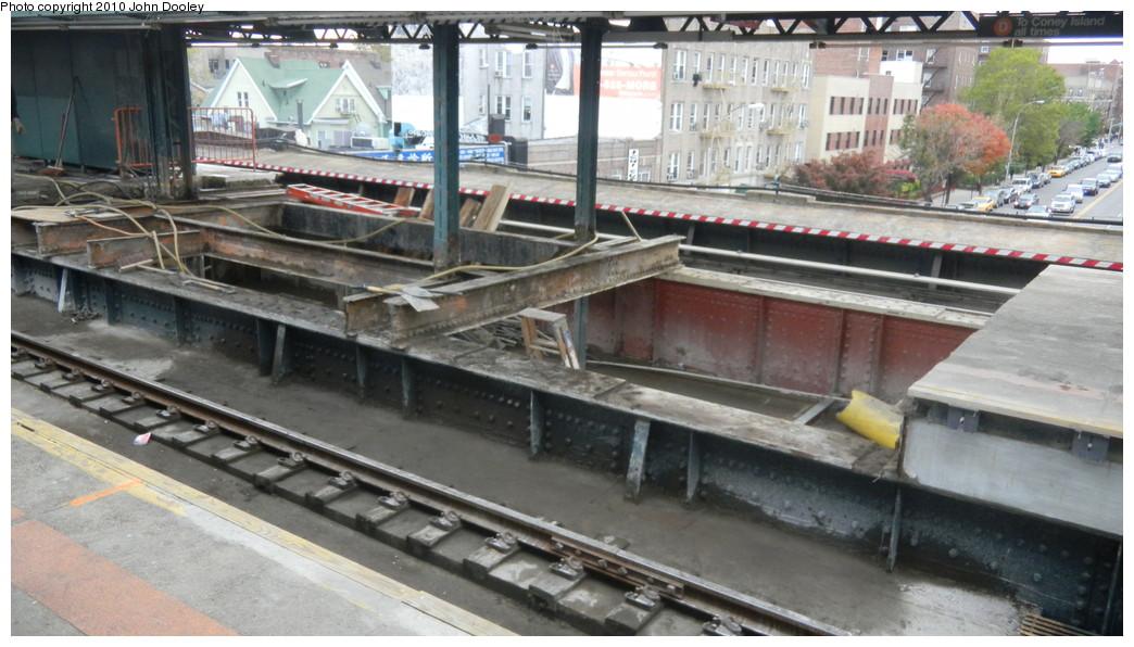 (239k, 1044x596)<br><b>Country:</b> United States<br><b>City:</b> New York<br><b>System:</b> New York City Transit<br><b>Line:</b> BMT West End Line<br><b>Location:</b> Bay Parkway <br><b>Photo by:</b> John Dooley<br><b>Date:</b> 10/31/2010<br><b>Viewed (this week/total):</b> 1 / 1220