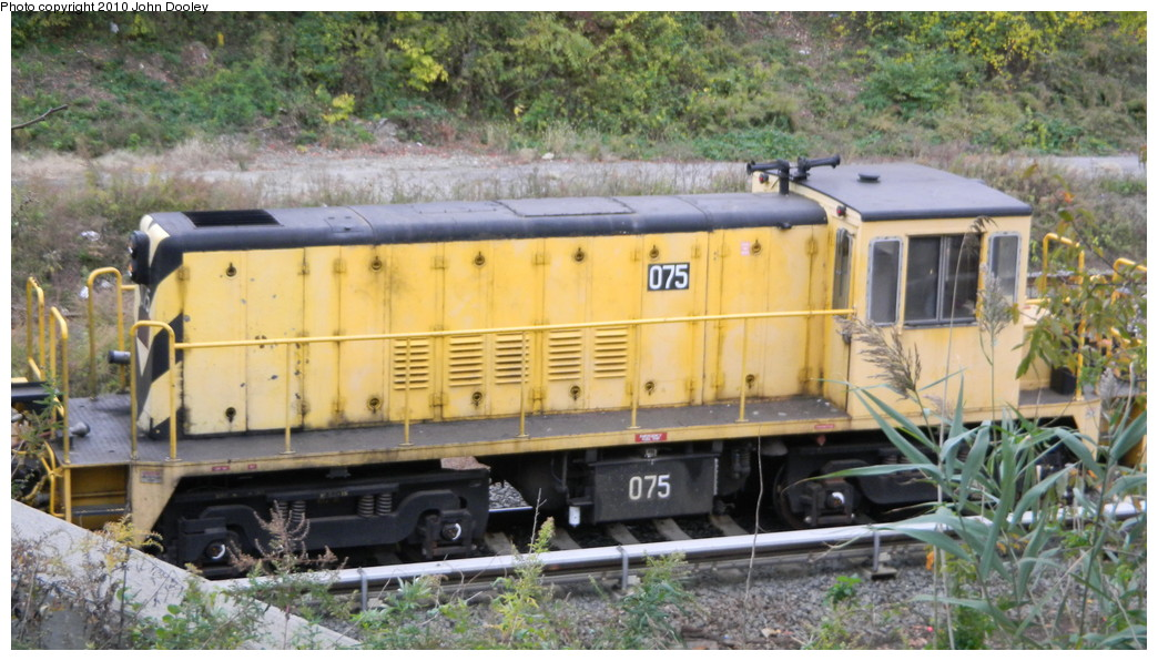 (261k, 1044x596)<br><b>Country:</b> United States<br><b>City:</b> New York<br><b>System:</b> New York City Transit<br><b>Line:</b> BMT Sea Beach Line<br><b>Location:</b> Fort Hamilton Parkway <br><b>Route:</b> Work Service<br><b>Car:</b> R-52 Locomotive  75 <br><b>Photo by:</b> John Dooley<br><b>Date:</b> 11/7/2010<br><b>Viewed (this week/total):</b> 1 / 601