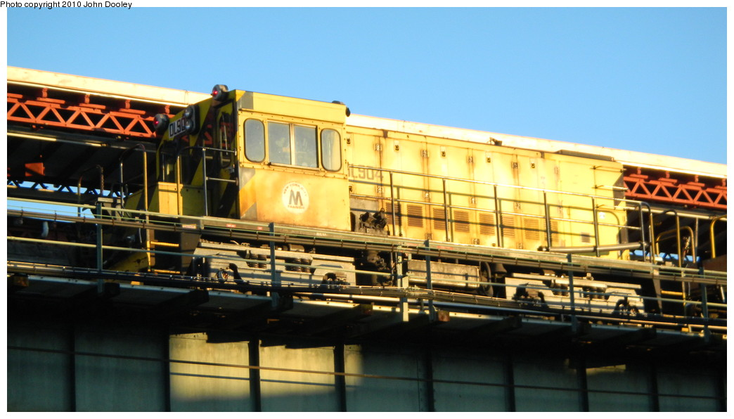 (219k, 1044x596)<br><b>Country:</b> United States<br><b>City:</b> New York<br><b>System:</b> New York City Transit<br><b>Line:</b> BMT West End Line<br><b>Location:</b> 62nd Street <br><b>Route:</b> Work Service<br><b>Car:</b> R-120 Locomotive  904 <br><b>Photo by:</b> John Dooley<br><b>Date:</b> 11/8/2010<br><b>Viewed (this week/total):</b> 0 / 569