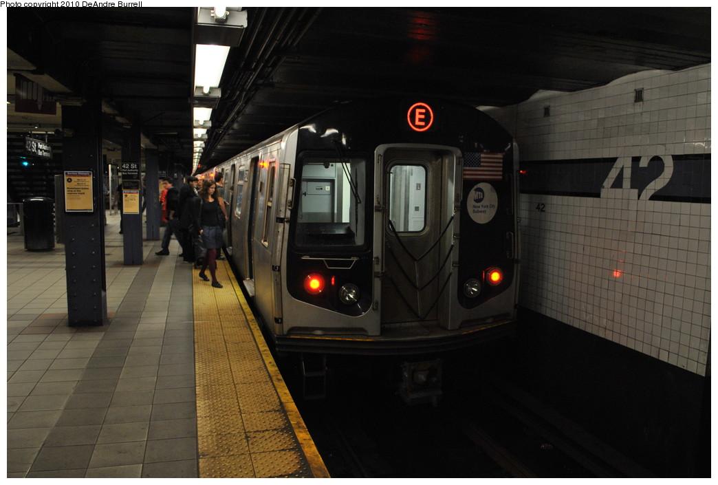 (217k, 1044x705)<br><b>Country:</b> United States<br><b>City:</b> New York<br><b>System:</b> New York City Transit<br><b>Line:</b> IND 8th Avenue Line<br><b>Location:</b> 42nd Street/Port Authority Bus Terminal <br><b>Route:</b> E<br><b>Car:</b> R-160B (Kawasaki, 2005-2008)  8722 <br><b>Photo by:</b> DeAndre Burrell<br><b>Date:</b> 5/15/2010<br><b>Viewed (this week/total):</b> 0 / 1799
