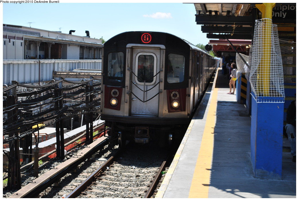 (281k, 1044x705)<br><b>Country:</b> United States<br><b>City:</b> New York<br><b>System:</b> New York City Transit<br><b>Line:</b> IRT White Plains Road Line<br><b>Location:</b> East 180th Street <br><b>Route:</b> 5<br><b>Car:</b> R-142 (Primary Order, Bombardier, 1999-2002)  6700 <br><b>Photo by:</b> DeAndre Burrell<br><b>Date:</b> 5/30/2010<br><b>Viewed (this week/total):</b> 1 / 1285