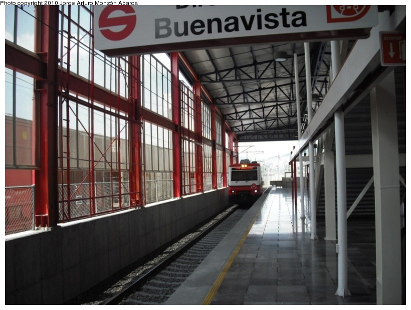(132k, 820x620)<br><b>Country:</b> Mexico<br><b>City:</b> Mexico City<br><b>System:</b> Ferrocarril Suburbano de la Zona Metropolitana de México (Suburban Railway)<br><b>Location:</b> San Rafael <br><b>Photo by:</b> Jorge Arturo Monzón Abarca<br><b>Date:</b> 9/11/2010<br><b>Viewed (this week/total):</b> 0 / 488