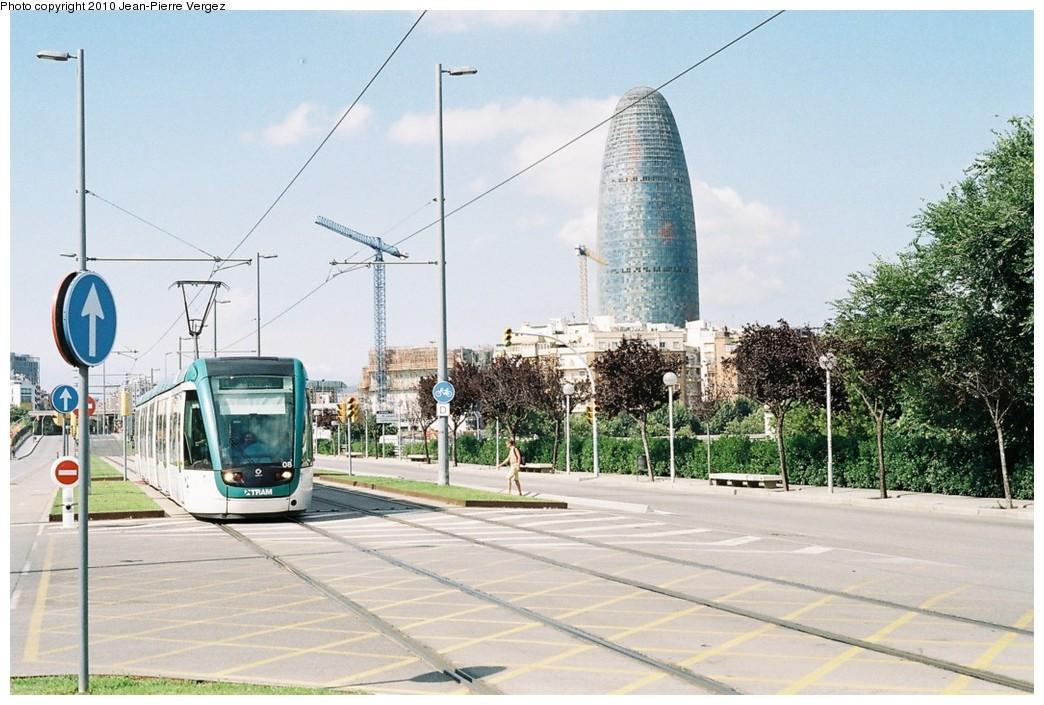 (200k, 1044x705)<br><b>Country:</b> Spain<br><b>City:</b> Barcelona<br><b>System:</b> Trambesòs<br><b>Location:</b> Auditori i Teatre Nacional (T4) <br><b>Car:</b> Citadis Low-Floor Type 302 (Alstom)  08 <br><b>Photo by:</b> Jean-Pierre Vergez<br><b>Date:</b> 8/1/2010<br><b>Viewed (this week/total):</b> 1 / 316
