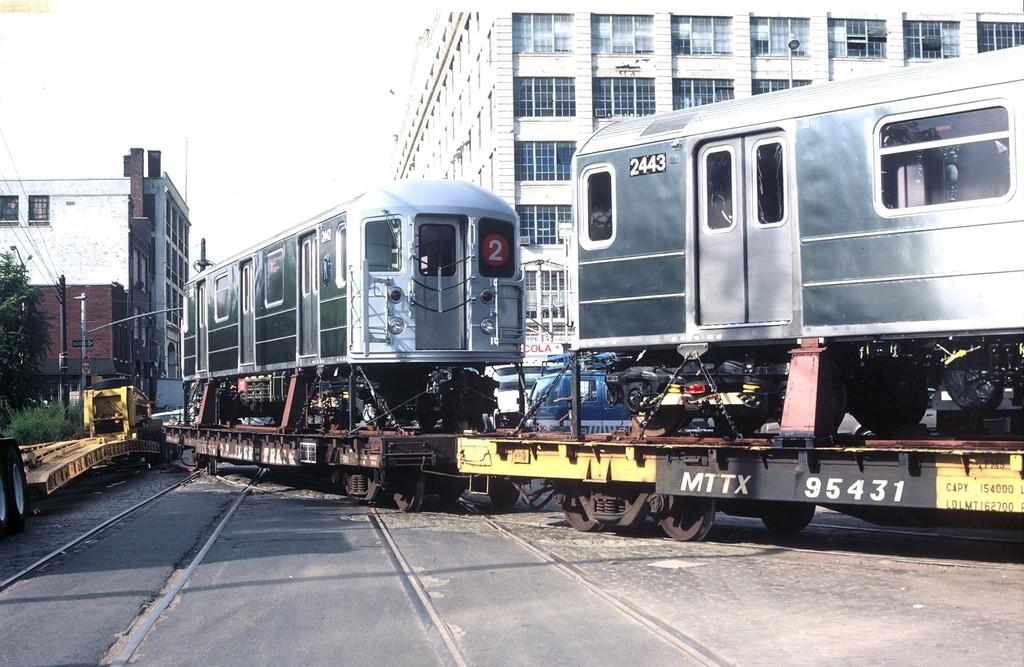 (206k, 1024x667)<br><b>Country:</b> United States<br><b>City:</b> New York<br><b>System:</b> New York City Transit<br><b>Line:</b> South Brooklyn Railway<br><b>Location:</b> 2nd Avenue (SBK)<br><b>Car:</b> R-62A (Bombardier, 1984-1987)  2442/2443 <br><b>Collection of:</b> George Conrad Collection<br><b>Viewed (this week/total):</b> 4 / 2322