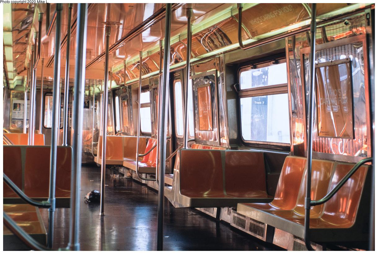 (215k, 1024x766)<br><b>Country:</b> United States<br><b>City:</b> New York<br><b>System:</b> New York City Transit<br><b>Line:</b> IRT White Plains Road Line<br><b>Location:</b> Simpson Street <br><b>Route:</b> 2<br><b>Car:</b> R-22 (St. Louis, 1957-58) 7582 <br><b>Collection of:</b> George Conrad Collection<br><b>Date:</b> 1/5/1964<br><b>Viewed (this week/total):</b> 3 / 2814