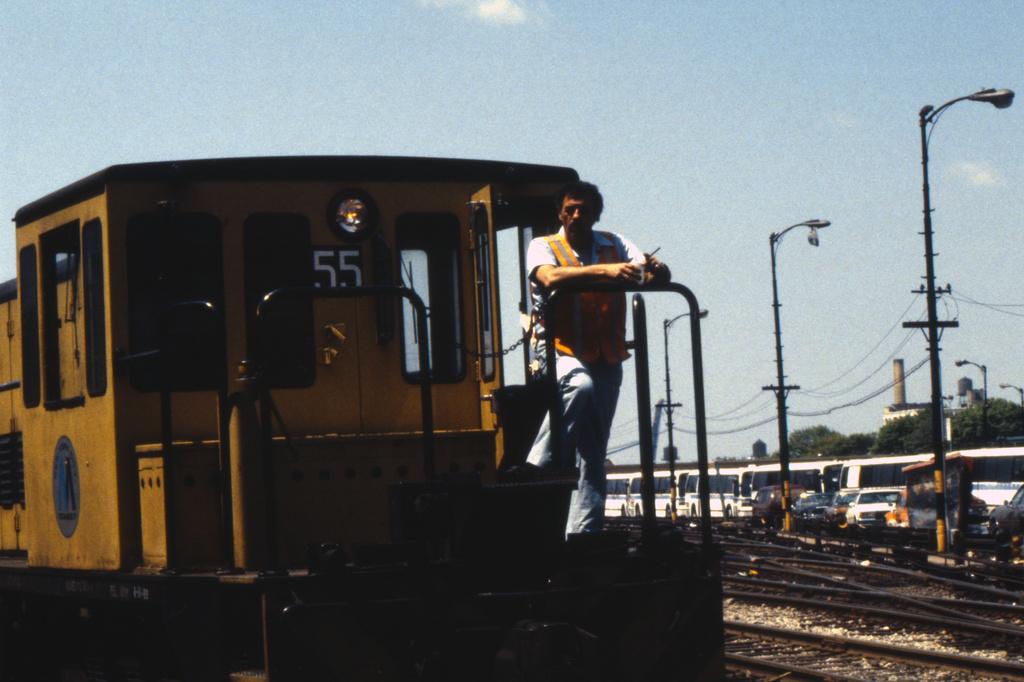 (295k, 1024x685)<br><b>Country:</b> United States<br><b>City:</b> New York<br><b>System:</b> New York City Transit<br><b>Line:</b> SIRT<br><b>Location:</b> Tottenville <br><b>Car:</b> SIRT ME-1 (Motor) 346/374/381 <br><b>Photo by:</b> Doug Grotjahn<br><b>Collection of:</b> Joe Testagrose<br><b>Date:</b> 2/25/1973<br><b>Viewed (this week/total):</b> 1 / 1374