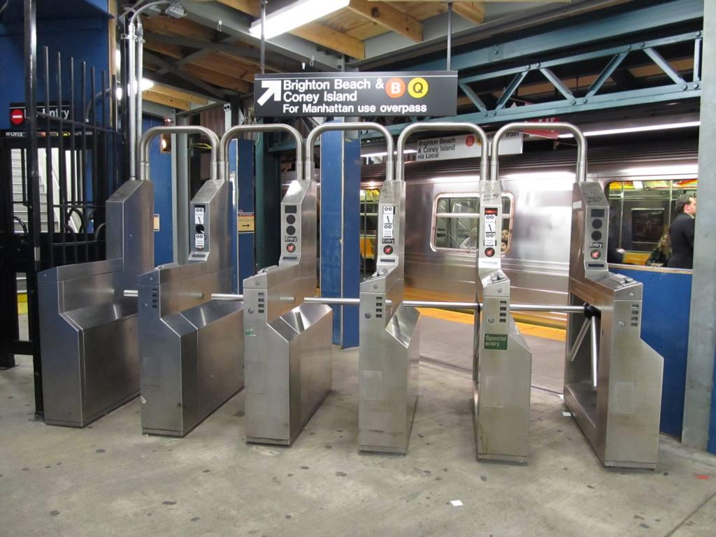 (114k, 1024x768)<br><b>Country:</b> United States<br><b>City:</b> New York<br><b>System:</b> New York City Transit<br><b>Line:</b> BMT Brighton Line<br><b>Location:</b> Avenue J <br><b>Photo by:</b> Robbie Rosenfeld<br><b>Date:</b> 10/28/2010<br><b>Viewed (this week/total):</b> 4 / 1190