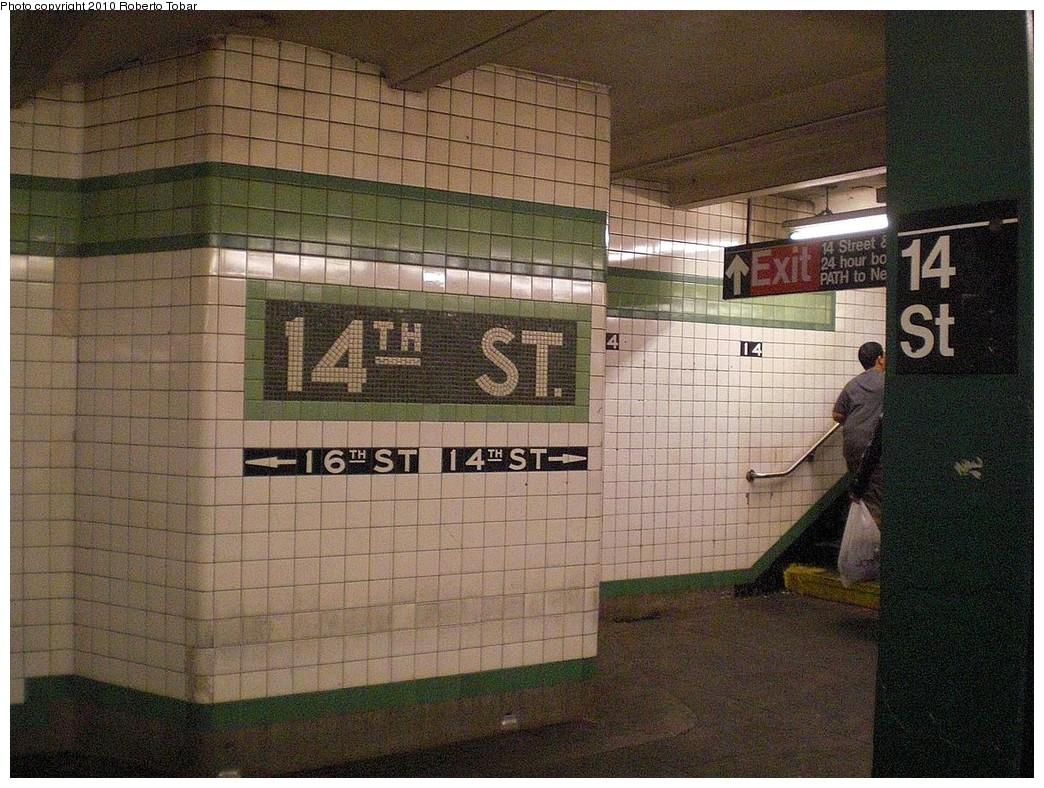 (316k, 1044x788)<br><b>Country:</b> United States<br><b>City:</b> New York<br><b>System:</b> New York City Transit<br><b>Line:</b> IND 6th Avenue Line<br><b>Location:</b> 14th Street <br><b>Photo by:</b> Roberto C. Tobar<br><b>Date:</b> 10/17/2010<br><b>Viewed (this week/total):</b> 0 / 988