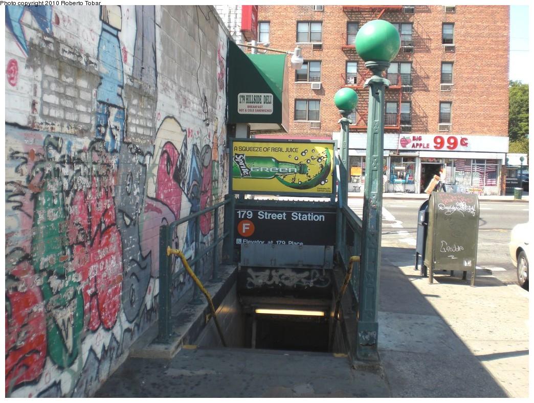 (291k, 1044x788)<br><b>Country:</b> United States<br><b>City:</b> New York<br><b>System:</b> New York City Transit<br><b>Line:</b> IND Queens Boulevard Line<br><b>Location:</b> 179th Street <br><b>Photo by:</b> Roberto C. Tobar<br><b>Date:</b> 8/28/2010<br><b>Notes:</b> Station entrance.<br><b>Viewed (this week/total):</b> 2 / 2071