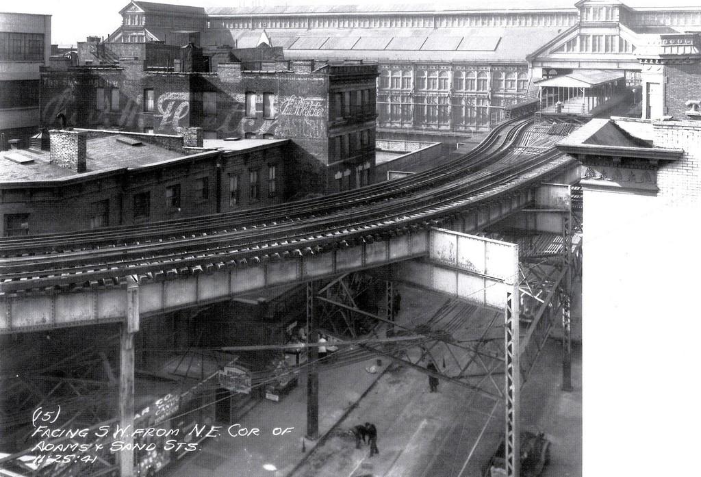 (248k, 1024x697)<br><b>Country:</b> United States<br><b>City:</b> New York<br><b>System:</b> New York City Transit<br><b>Line:</b> BMT Fulton<br><b>Location:</b> Sands Street <br><b>Collection of:</b> George Conrad Collection<br><b>Date:</b> 11/25/1941<br><b>Viewed (this week/total):</b> 0 / 2526