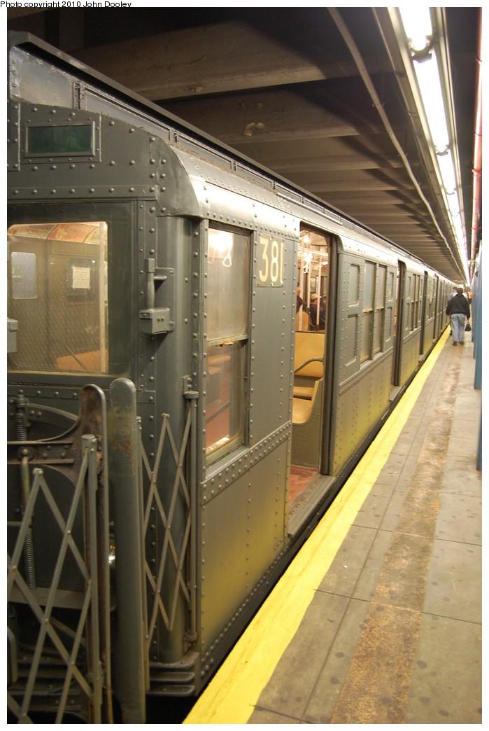 (207k, 699x1044)<br><b>Country:</b> United States<br><b>City:</b> New York<br><b>System:</b> New York City Transit<br><b>Line:</b> IND 6th Avenue Line<br><b>Location:</b> 2nd Avenue <br><b>Route:</b> Fan Trip<br><b>Car:</b> R-1 (American Car & Foundry, 1930-1931) 381 <br><b>Photo by:</b> John Dooley<br><b>Date:</b> 11/28/2010<br><b>Notes:</b> Shoppers Special service.<br><b>Viewed (this week/total):</b> 0 / 746