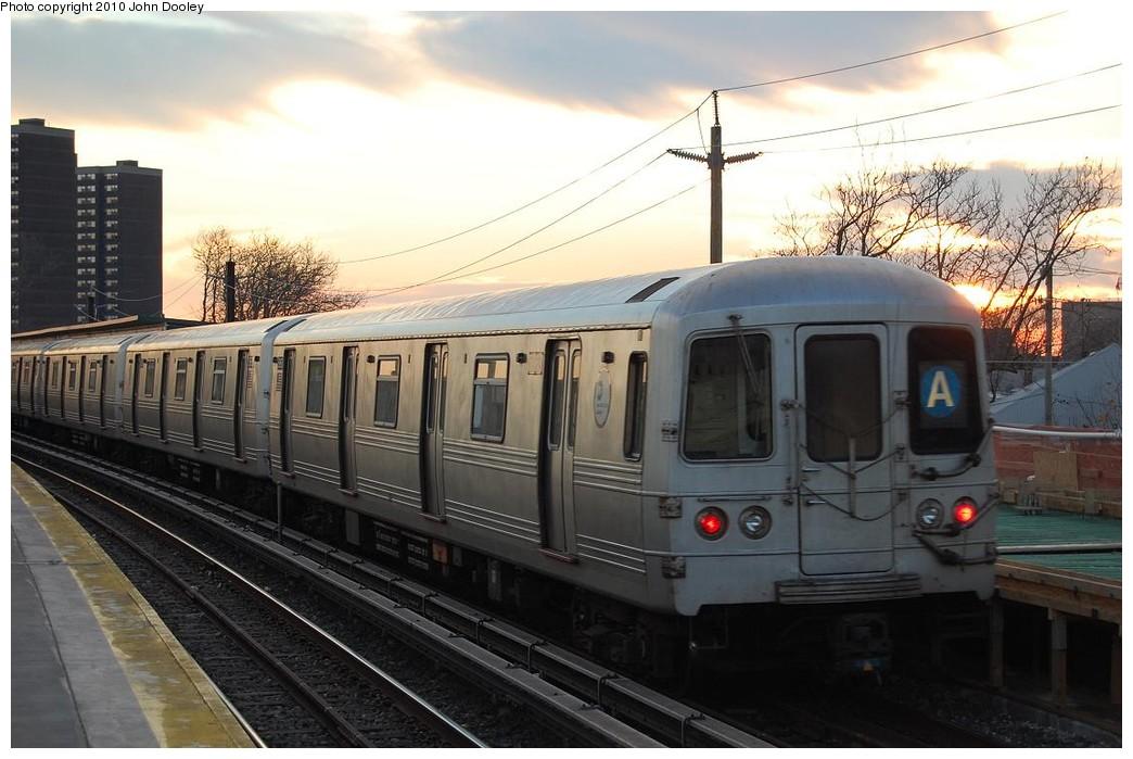 (208k, 1044x699)<br><b>Country:</b> United States<br><b>City:</b> New York<br><b>System:</b> New York City Transit<br><b>Line:</b> IND Rockaway<br><b>Location:</b> Beach 36th Street/Edgemere <br><b>Route:</b> A<br><b>Car:</b> R-46 (Pullman-Standard, 1974-75)  <br><b>Photo by:</b> John Dooley<br><b>Date:</b> 11/29/2010<br><b>Viewed (this week/total):</b> 2 / 1894