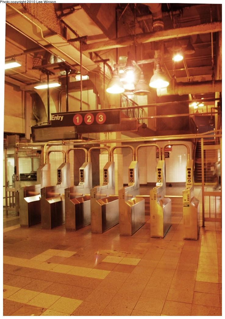 (210k, 738x1044)<br><b>Country:</b> United States<br><b>City:</b> New York<br><b>System:</b> New York City Transit<br><b>Line:</b> IRT West Side Line<br><b>Location:</b> 34th Street/Penn Station <br><b>Photo by:</b> Lee Winson<br><b>Date:</b> 11/20/2010<br><b>Notes:</b> Entrance from lower mezzanine.<br><b>Viewed (this week/total):</b> 2 / 1353