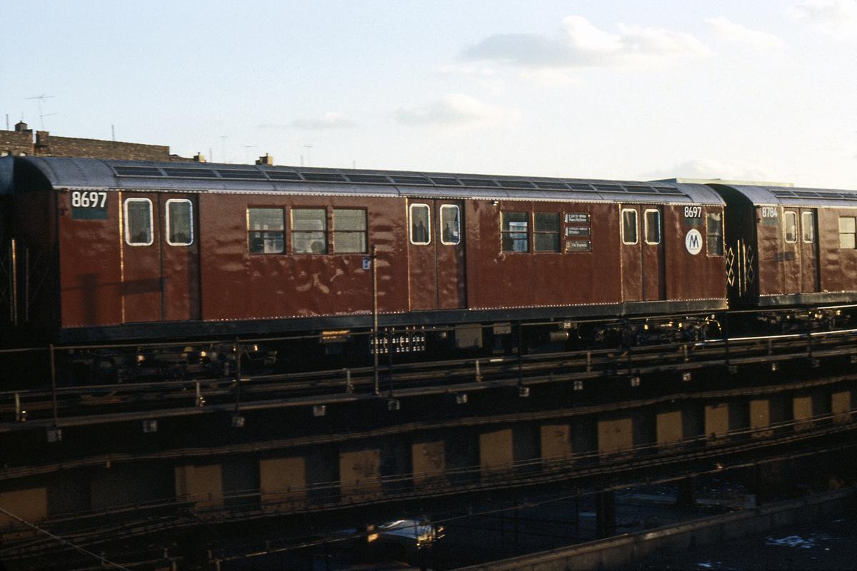 (194k, 1024x678)<br><b>Country:</b> United States<br><b>City:</b> New York<br><b>System:</b> New York City Transit<br><b>Line:</b> IRT White Plains Road Line<br><b>Location:</b> East 180th Street <br><b>Route:</b> 2<br><b>Car:</b> R-29 (St. Louis, 1962) 8697 <br><b>Collection of:</b> Collection of nycsubway.org <br><b>Notes:</b> 1980s<br><b>Viewed (this week/total):</b> 6 / 2223