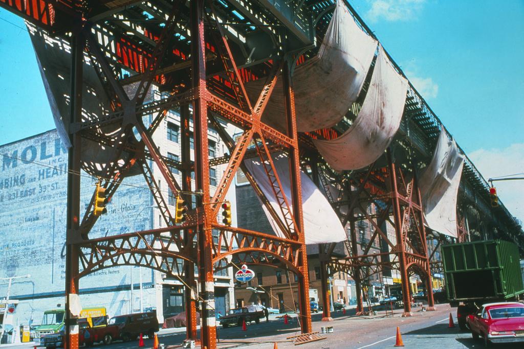 (511k, 1024x683)<br><b>Country:</b> United States<br><b>City:</b> New York<br><b>System:</b> New York City Transit<br><b>Line:</b> IRT West Side Line<br><b>Location:</b> 125th Street <br><b>Collection of:</b> Collection of nycsubway.org <br><b>Notes:</b> 1980s<br><b>Viewed (this week/total):</b> 4 / 2966
