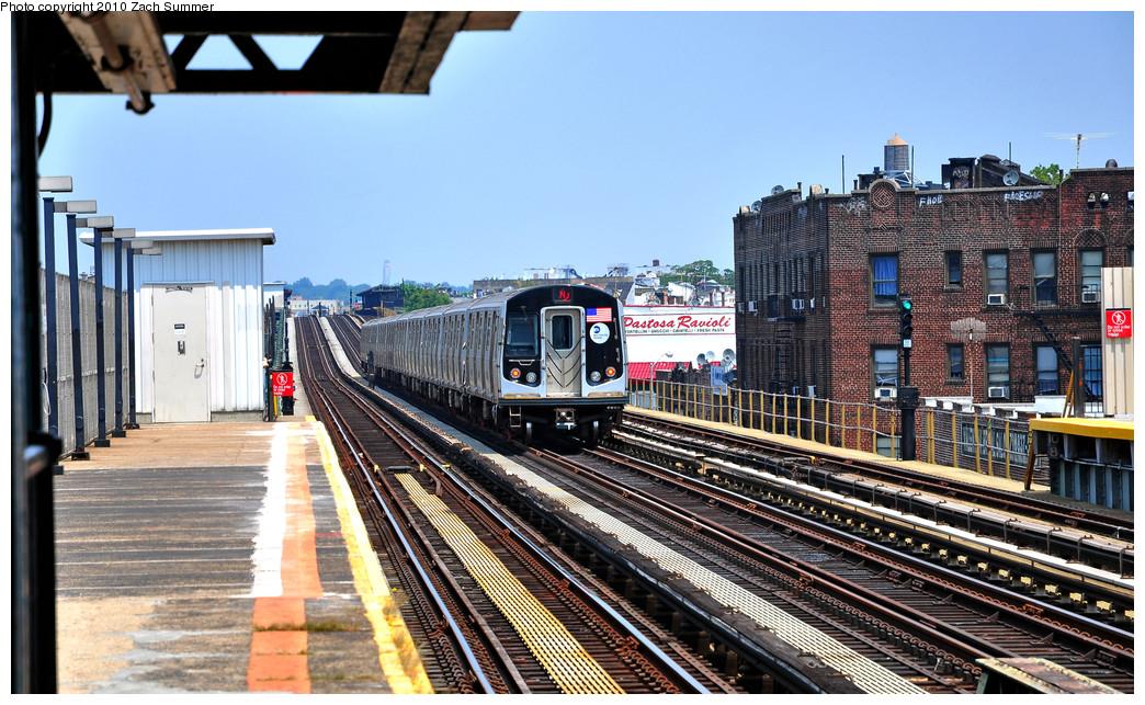 (310k, 1044x643)<br><b>Country:</b> United States<br><b>City:</b> New York<br><b>System:</b> New York City Transit<br><b>Line:</b> BMT West End Line<br><b>Location:</b> 79th Street <br><b>Route:</b> N Reroute<br><b>Car:</b> R-160A-2 (Alstom, 2005-2008, 5 car sets)  8663 <br><b>Photo by:</b> Zach Summer<br><b>Date:</b> 7/7/2010<br><b>Viewed (this week/total):</b> 3 / 1108