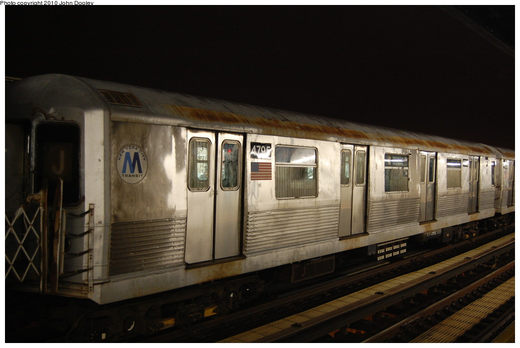 (211k, 1044x699)<br><b>Country:</b> United States<br><b>City:</b> New York<br><b>System:</b> New York City Transit<br><b>Line:</b> BMT Nassau Street/Jamaica Line<br><b>Location:</b> 111th Street <br><b>Route:</b> J layup<br><b>Car:</b> R-42 (St. Louis, 1969-1970)  4795 <br><b>Photo by:</b> John Dooley<br><b>Date:</b> 11/30/2010<br><b>Viewed (this week/total):</b> 2 / 933