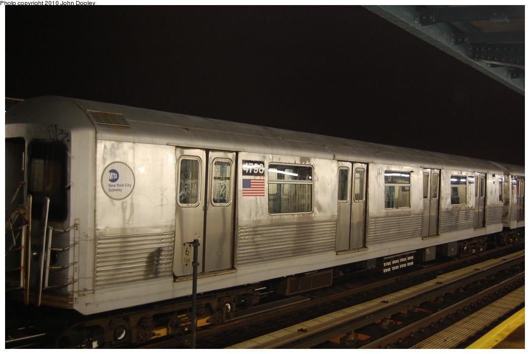(215k, 1044x699)<br><b>Country:</b> United States<br><b>City:</b> New York<br><b>System:</b> New York City Transit<br><b>Line:</b> BMT Nassau Street/Jamaica Line<br><b>Location:</b> 111th Street <br><b>Route:</b> J layup<br><b>Car:</b> R-42 (St. Louis, 1969-1970)  4798 <br><b>Photo by:</b> John Dooley<br><b>Date:</b> 11/30/2010<br><b>Viewed (this week/total):</b> 0 / 803