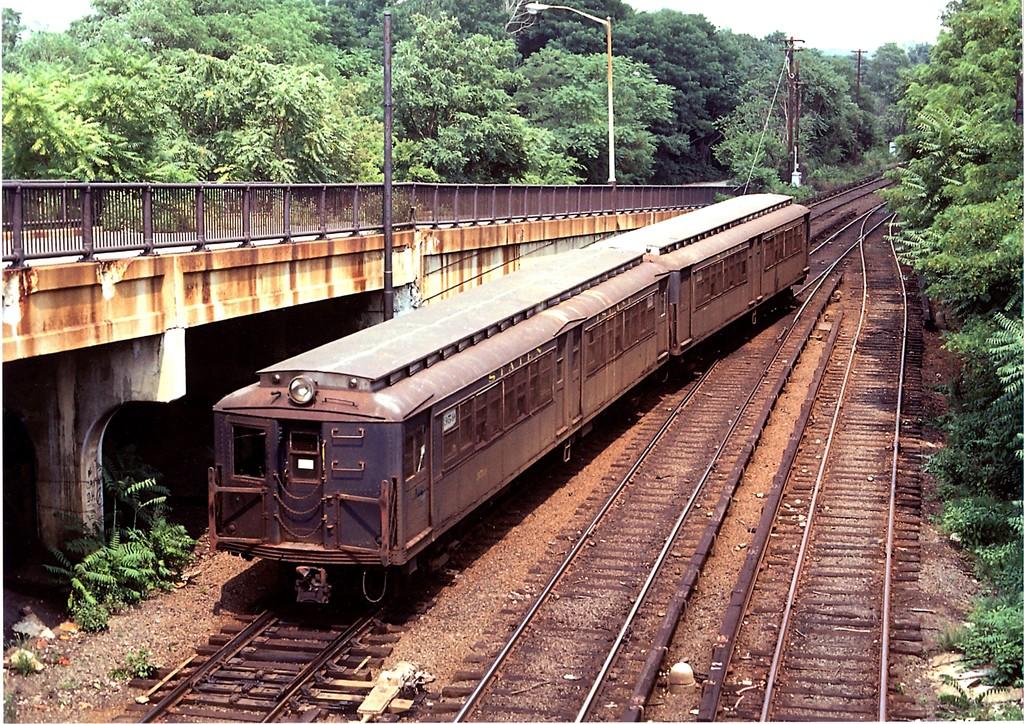 (358k, 1024x724)<br><b>Country:</b> United States<br><b>City:</b> New York<br><b>System:</b> New York City Transit<br><b>Line:</b> SIRT<br><b>Location:</b> Tottenville <br><b>Car:</b> SIRT ME-1 (Motor) 359 <br><b>Collection of:</b> George Conrad Collection<br><b>Date:</b> 8/1/1972<br><b>Viewed (this week/total):</b> 0 / 2523