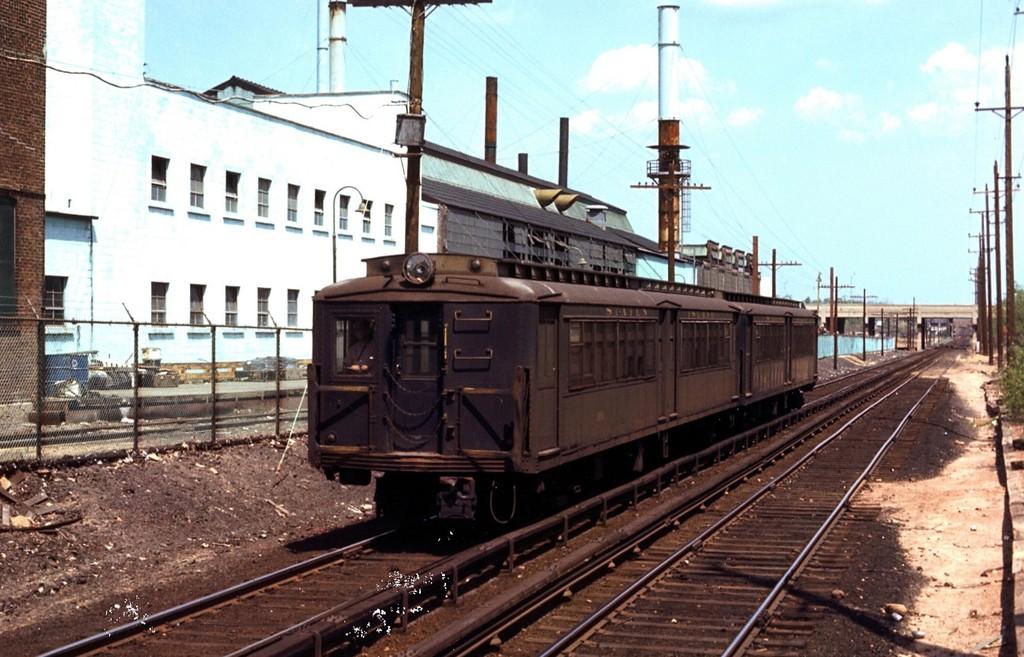 (198k, 1024x657)<br><b>Country:</b> United States<br><b>City:</b> New York<br><b>System:</b> New York City Transit<br><b>Line:</b> SIRT<br><b>Location:</b> Nassau <br><b>Car:</b> SIRT ME-1 (Motor) 386 <br><b>Collection of:</b> George Conrad Collection<br><b>Date:</b> 5/11/1970<br><b>Viewed (this week/total):</b> 4 / 2070
