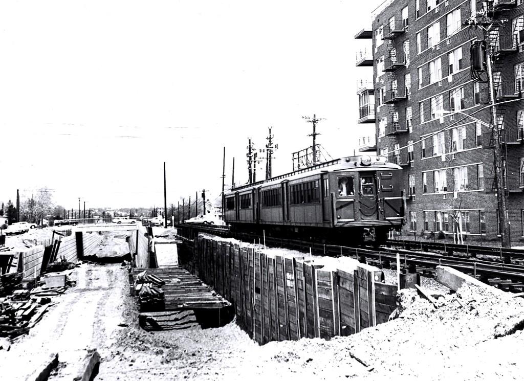 (223k, 1024x745)<br><b>Country:</b> United States<br><b>City:</b> New York<br><b>System:</b> New York City Transit<br><b>Line:</b> SIRT<br><b>Location:</b> Grant City <br><b>Car:</b> SIRT ME-1 (Motor)  <br><b>Collection of:</b> George Conrad Collection<br><b>Date:</b> 4/29/1957<br><b>Viewed (this week/total):</b> 0 / 3007