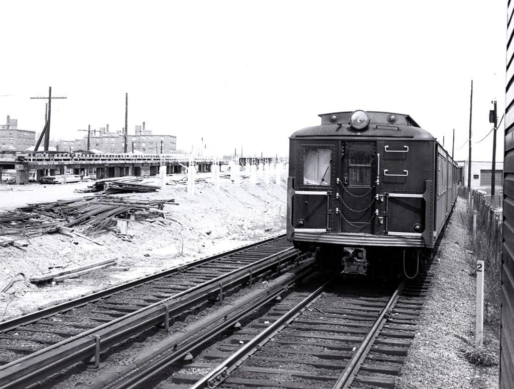 (216k, 1024x775)<br><b>Country:</b> United States<br><b>City:</b> New York<br><b>System:</b> New York City Transit<br><b>Line:</b> SIRT<br><b>Location:</b> Jefferson Avenue <br><b>Car:</b> SIRT ME-1 (Motor)  <br><b>Collection of:</b> George Conrad Collection<br><b>Date:</b> 5/29/1967<br><b>Viewed (this week/total):</b> 0 / 2006