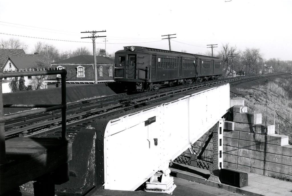 (162k, 1024x689)<br><b>Country:</b> United States<br><b>City:</b> New York<br><b>System:</b> New York City Transit<br><b>Line:</b> SIRT<br><b>Location:</b> Pleasant Plains <br><b>Collection of:</b> George Conrad Collection<br><b>Viewed (this week/total):</b> 1 / 1910