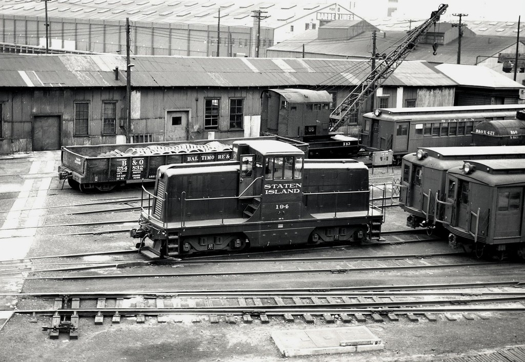 (250k, 1024x706)<br><b>Country:</b> United States<br><b>City:</b> New York<br><b>System:</b> New York City Transit<br><b>Line:</b> SIRT<br><b>Location:</b> St. George <br><b>Car:</b>  194 <br><b>Collection of:</b> George Conrad Collection<br><b>Viewed (this week/total):</b> 1 / 2555