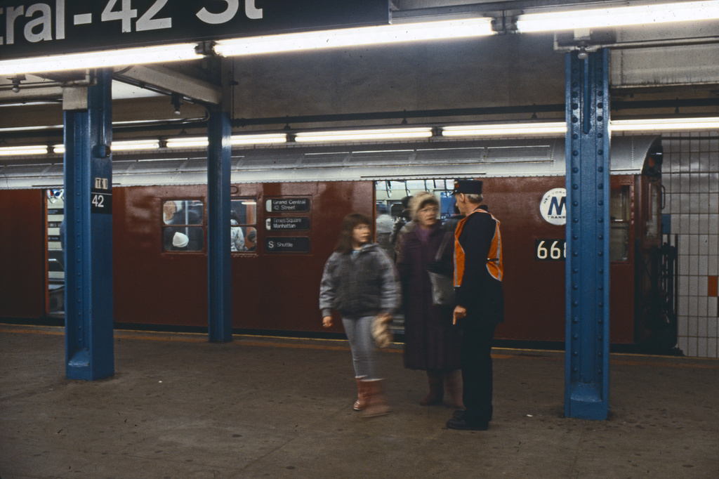 (219k, 1024x690)<br><b>Country:</b> United States<br><b>City:</b> New York<br><b>System:</b> New York City Transit<br><b>Line:</b> IRT Times Square-Grand Central Shuttle<br><b>Location:</b> Grand Central <br><b>Route:</b> S<br><b>Car:</b> R-17 (St. Louis, 1955-56) 668x <br><b>Collection of:</b> Collection of nycsubway.org <br><b>Notes:</b> 1980s<br><b>Viewed (this week/total):</b> 1 / 2735