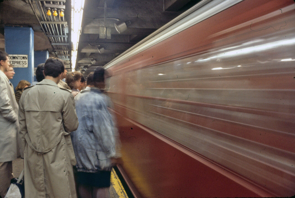 (204k, 1024x687)<br><b>Country:</b> United States<br><b>City:</b> New York<br><b>System:</b> New York City Transit<br><b>Line:</b> IRT East Side Line<br><b>Location:</b> Grand Central <br><b>Collection of:</b> Collection of nycsubway.org <br><b>Notes:</b> 1980s<br><b>Viewed (this week/total):</b> 2 / 1400