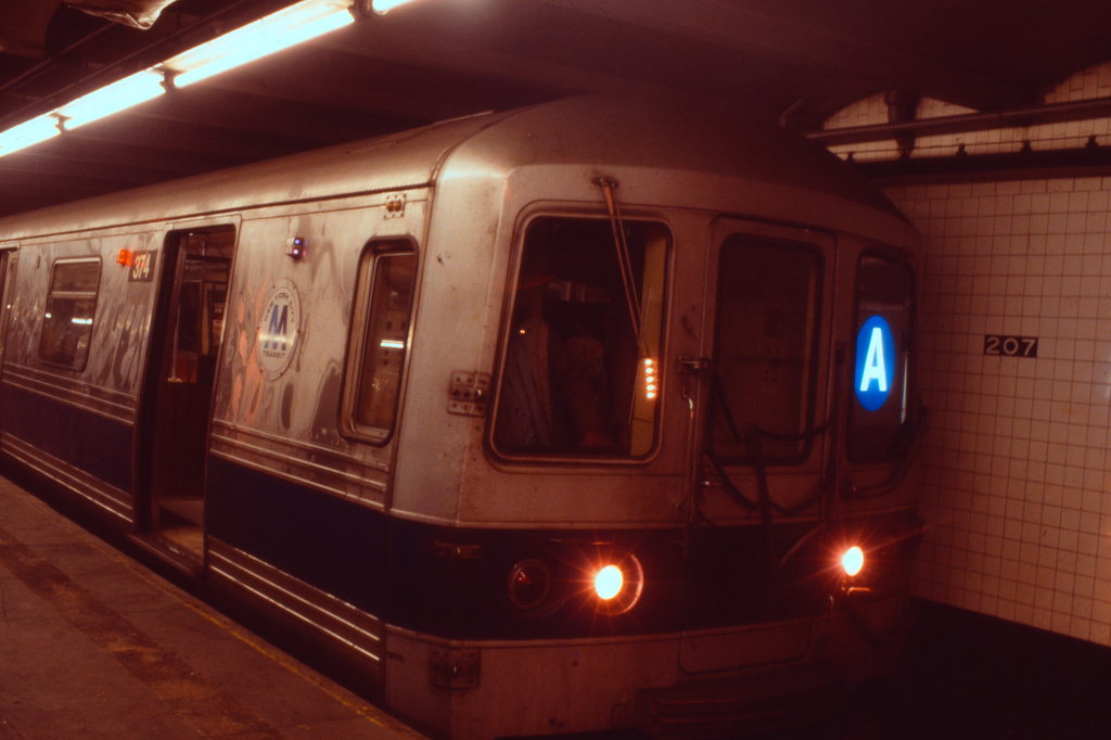 (256k, 1024x682)<br><b>Country:</b> United States<br><b>City:</b> New York<br><b>System:</b> New York City Transit<br><b>Line:</b> IND 8th Avenue Line<br><b>Location:</b> 207th Street <br><b>Route:</b> A<br><b>Car:</b> R-44 (St. Louis, 1971-73) 374 <br><b>Collection of:</b> Collection of nycsubway.org <br><b>Notes:</b> 1980s<br><b>Viewed (this week/total):</b> 3 / 2245