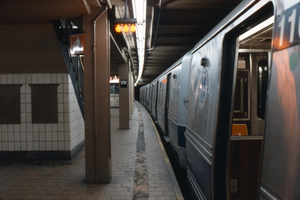 (268k, 1024x682)<br><b>Country:</b> United States<br><b>City:</b> New York<br><b>System:</b> New York City Transit<br><b>Line:</b> IND Queens Boulevard Line<br><b>Location:</b> 179th Street <br><b>Collection of:</b> Collection of nycsubway.org <br><b>Notes:</b> 1980s<br><b>Viewed (this week/total):</b> 5 / 1921