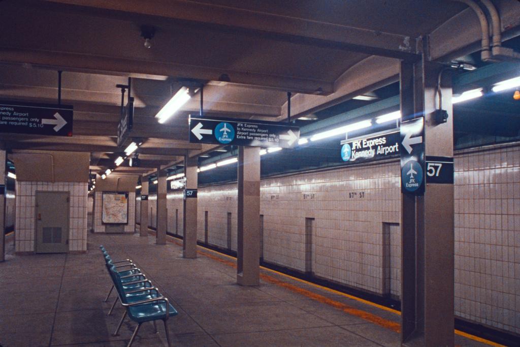 (450k, 1024x683)<br><b>Country:</b> United States<br><b>City:</b> New York<br><b>System:</b> New York City Transit<br><b>Line:</b> IND 6th Avenue Line<br><b>Location:</b> 57th Street <br><b>Collection of:</b> Collection of nycsubway.org <br><b>Notes:</b> 1980s<br><b>Viewed (this week/total):</b> 3 / 3366